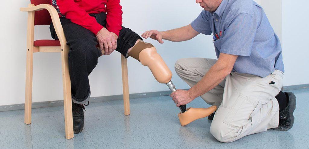 Apuvälinetekniikka proteesit
